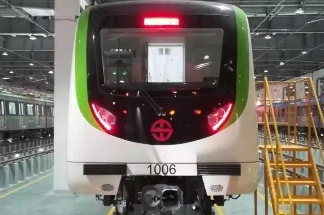地铁10号线最新站内图片曝光